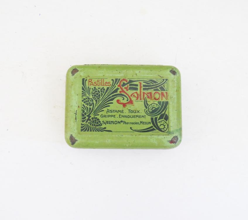 antique-1920s-tin-box