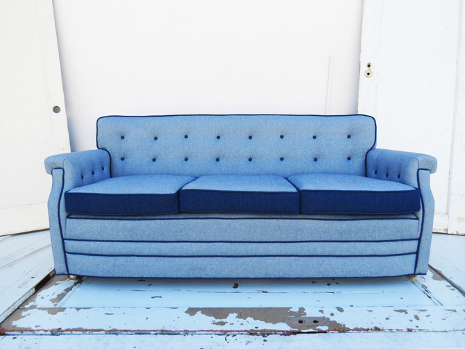 Before & After: Eco-Friendly Vintage Sofa