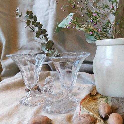 Deco Swirl Petite Vase (sold individually)