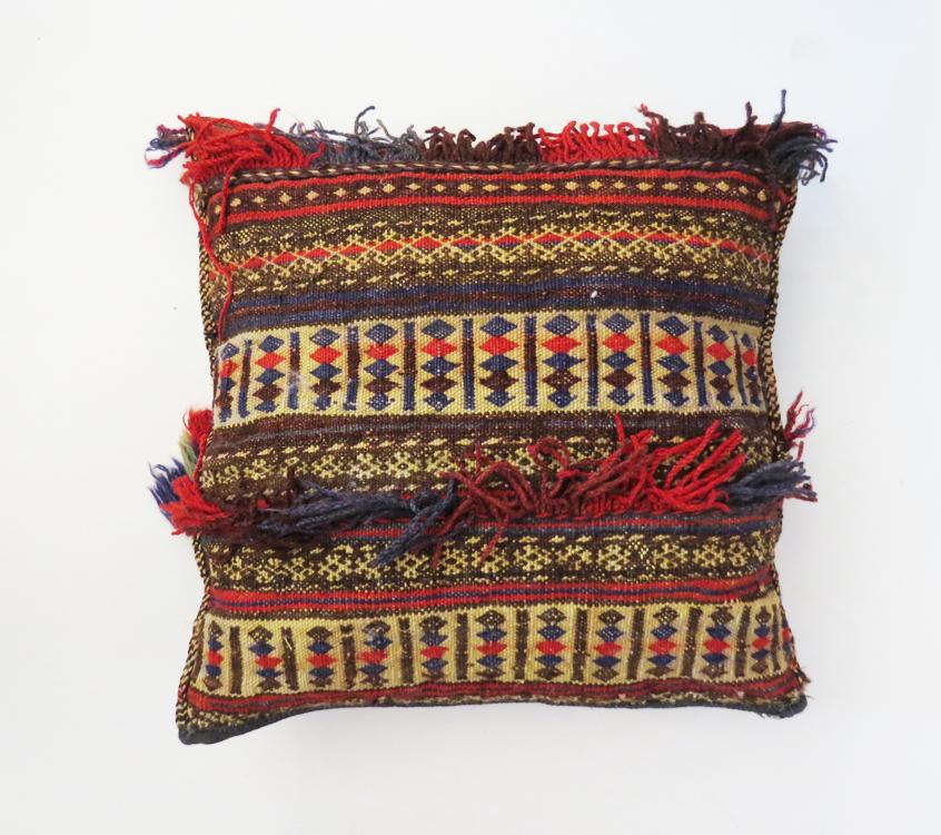 handmade-afghan-pillow_1