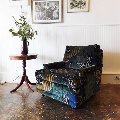 Retro Velvet Club Chair