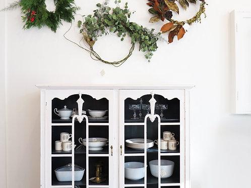 Mont Blanc Glass Cabinet