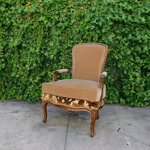 Fontainebleau Bergère Accent Chair