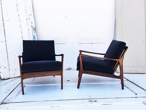 Manhattan Mid-Century Chair