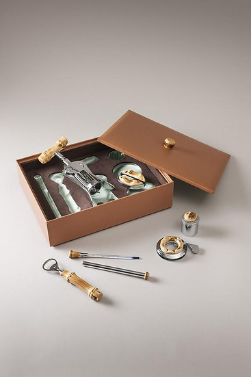 Wine Set with Bamboo root in Leather Chest