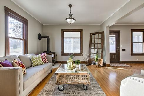2407 Hanscom Blvd. Living Room.jpg