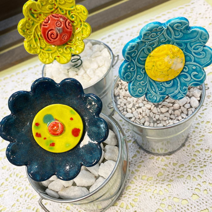bouncy flower pots