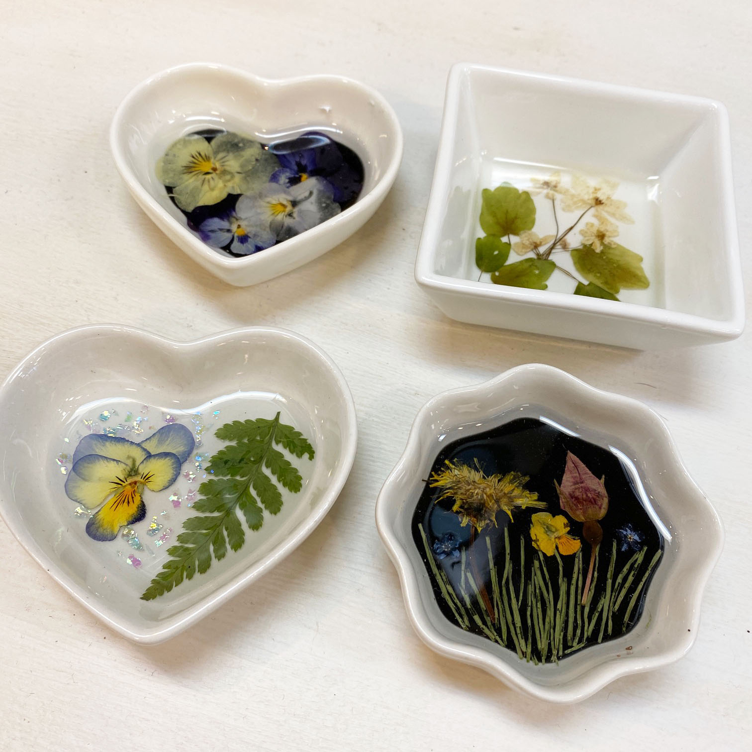 fabulous flower trinket dishes