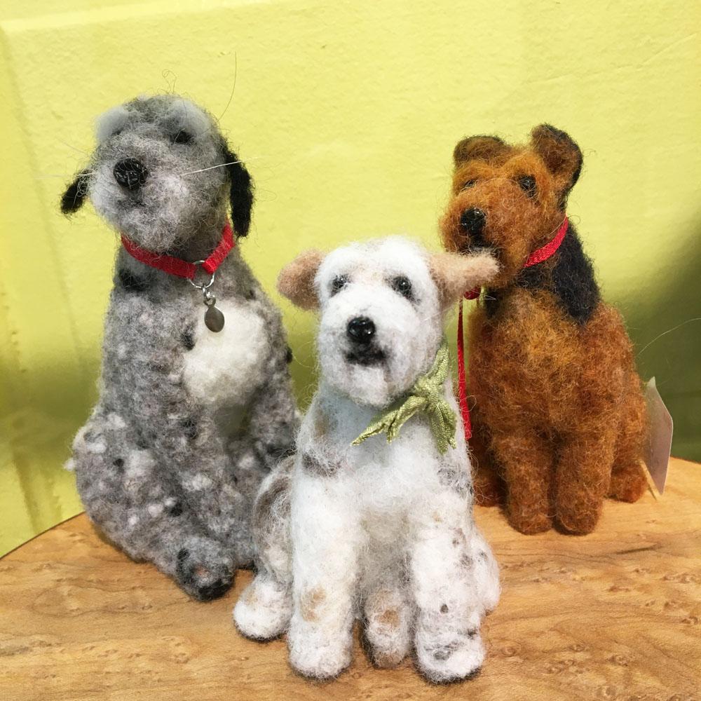 custom felted dogs