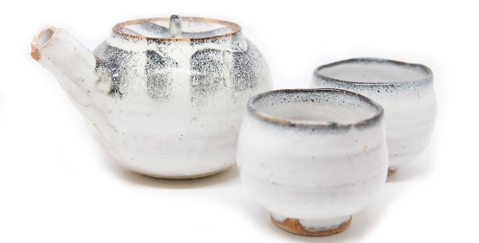 "3 PIECE SAKE SET ""KOKUSAI"""