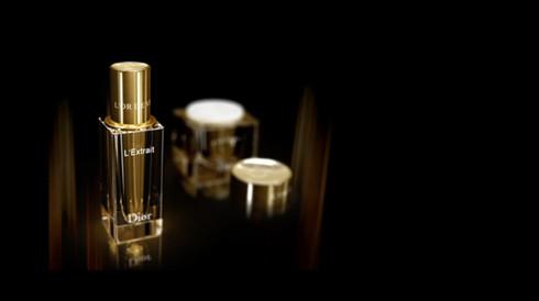 3D_dior_parfum-or_2_kokoro.jpg
