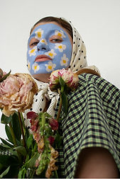 Quarantine_Queen-Flowers-01.jpg