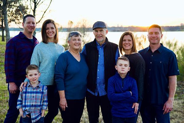 family portraits photographer.jpeg
