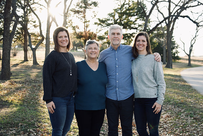 family pictures photographer 2.jpeg