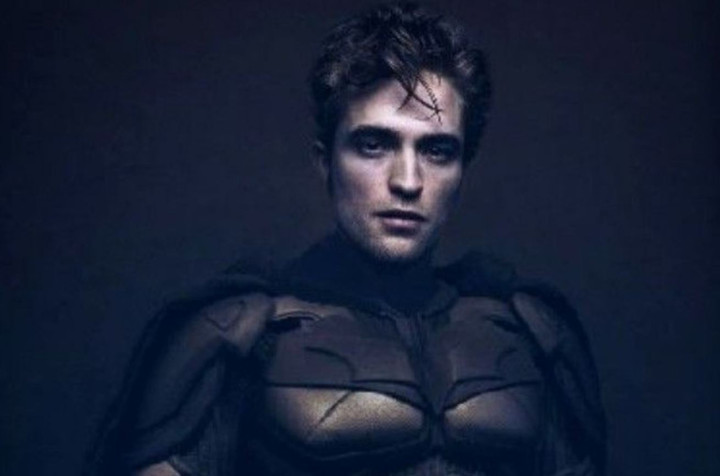Vampire Robert Pattinson Returns To Bat Form