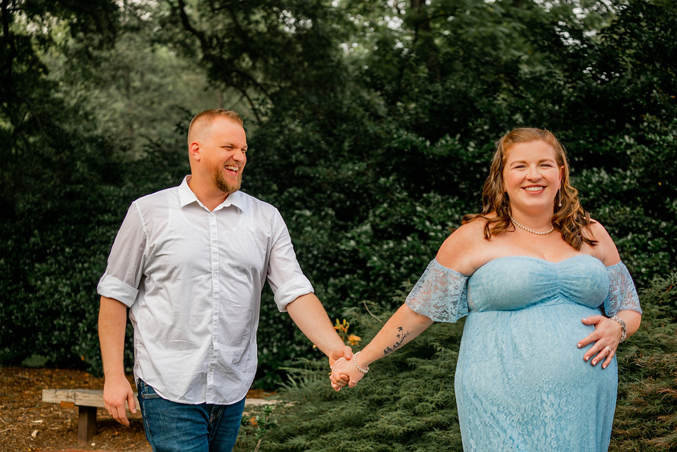 Maternity Session at Shuford House and Garden, Hickory NC