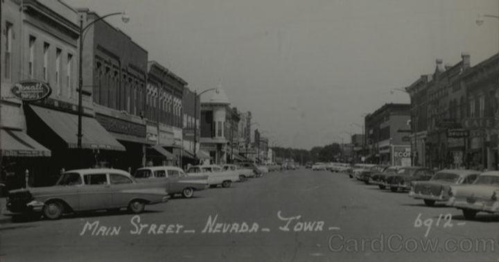 Early years of historic downtown Nevada, Iowa
