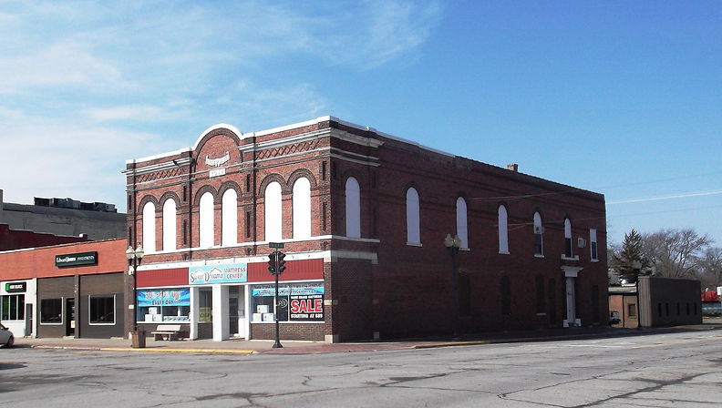Historic architecture of buildings in Downtown Nevada, Iowa