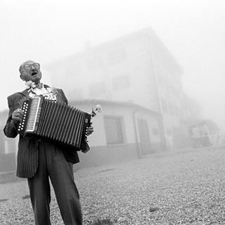 accordionman 24x36.jpg