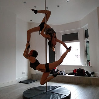 Pole dancing, pole fitness, pole doubles,