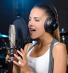 professional singing lessons, advanced technique, performance coaching watford