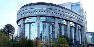 Organisation d'une journée de découverte du Parlement européen à Bruxelles, avec M. Dominique Ri