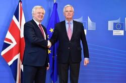 Brexit : coup d'envoi des tractations sur fond d'incertitude politique au Royaume-Uni