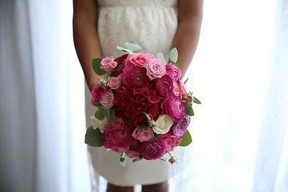 fleuriste - mariage - gard - bouquet de mariée - wedding - cérémonie - arche - huppa