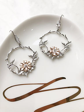 DAHLIA Silver Hoop Earrings