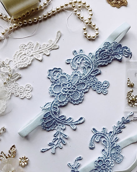 Blue lace garter with string of pearls