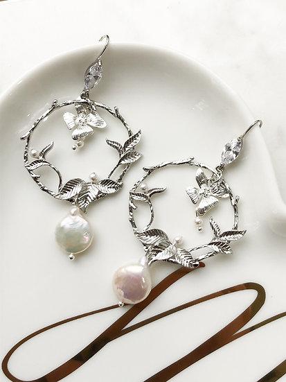 GARDENIA Silver Earrings