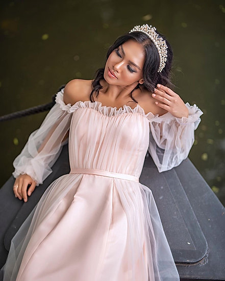 DIVINITY | Pearl Bridal Crown