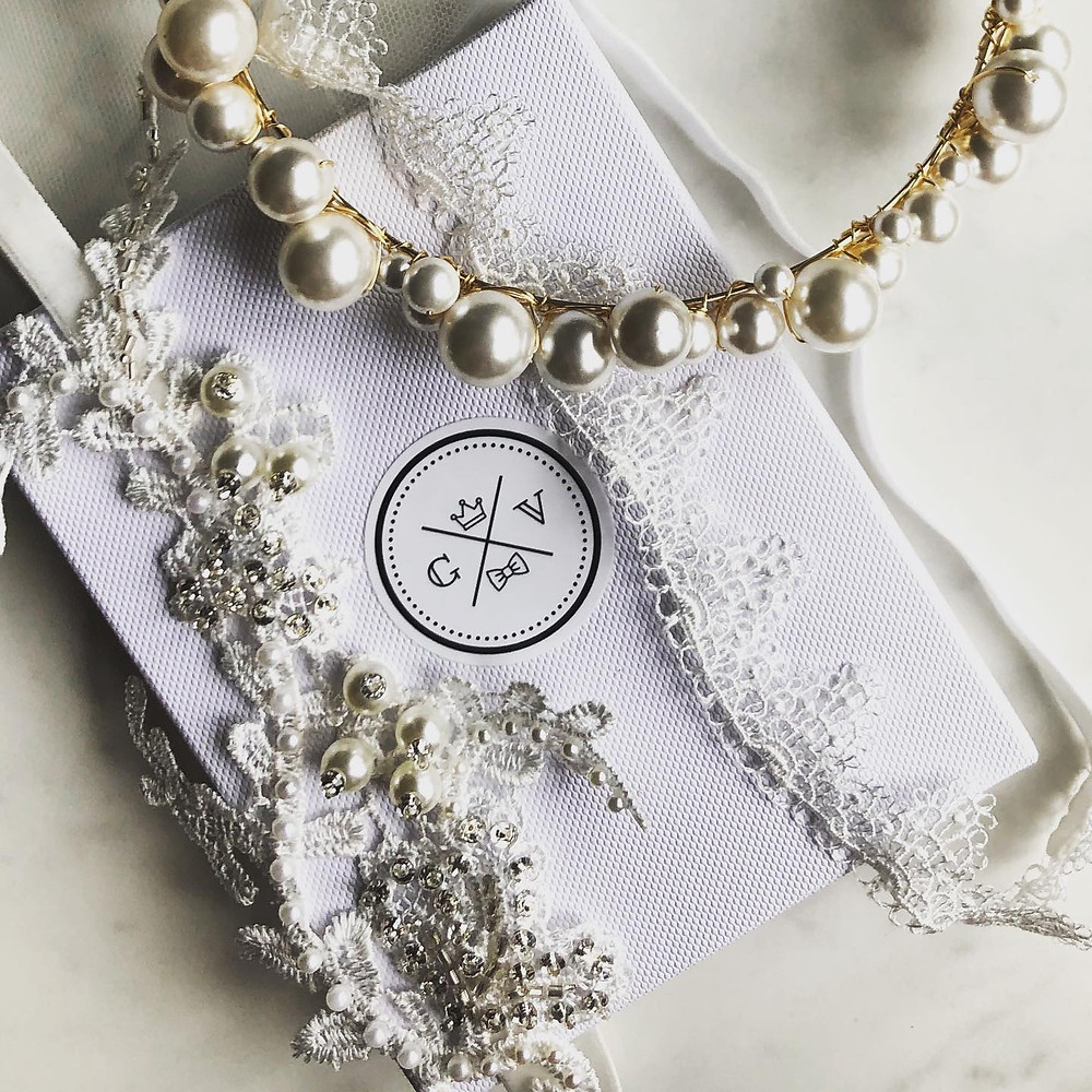 Luxury bridal garter