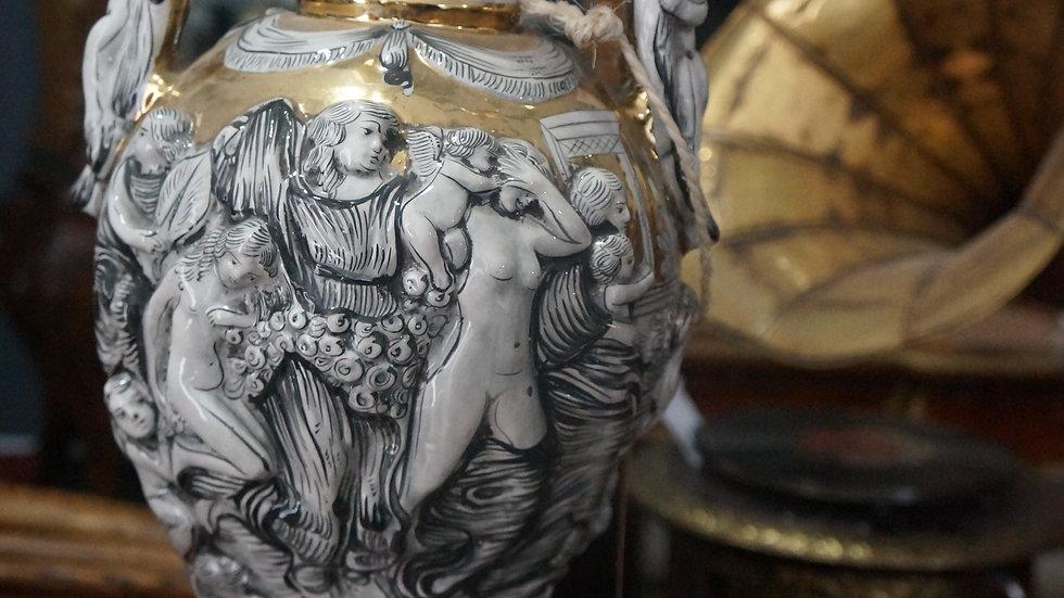 Каподимонте италиански порцелан