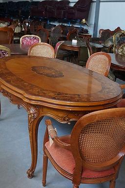 Сгъваема маса с 4 стола