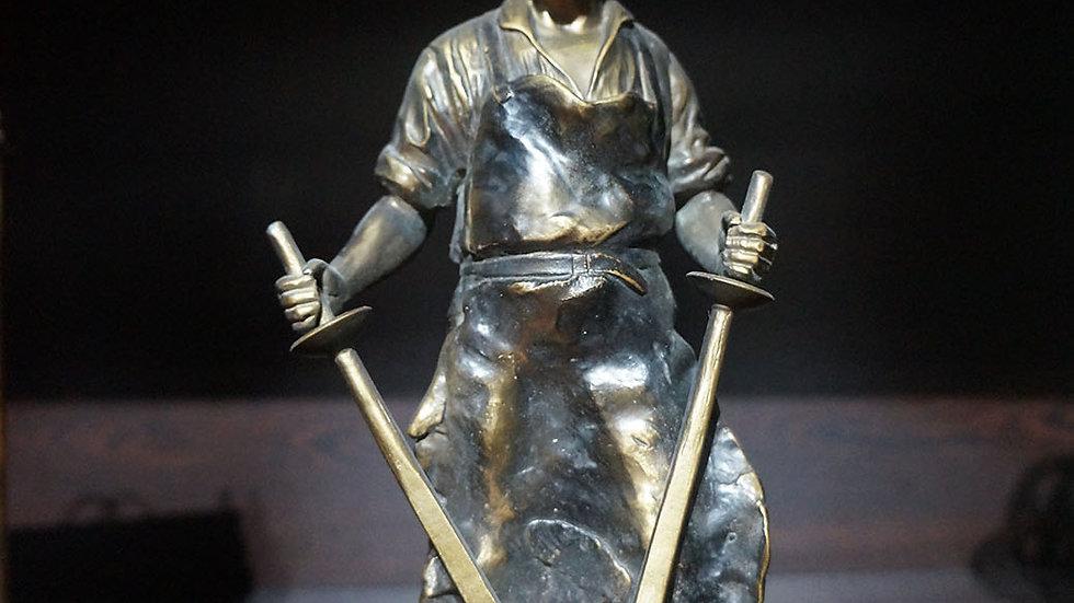 Двулица скулптура