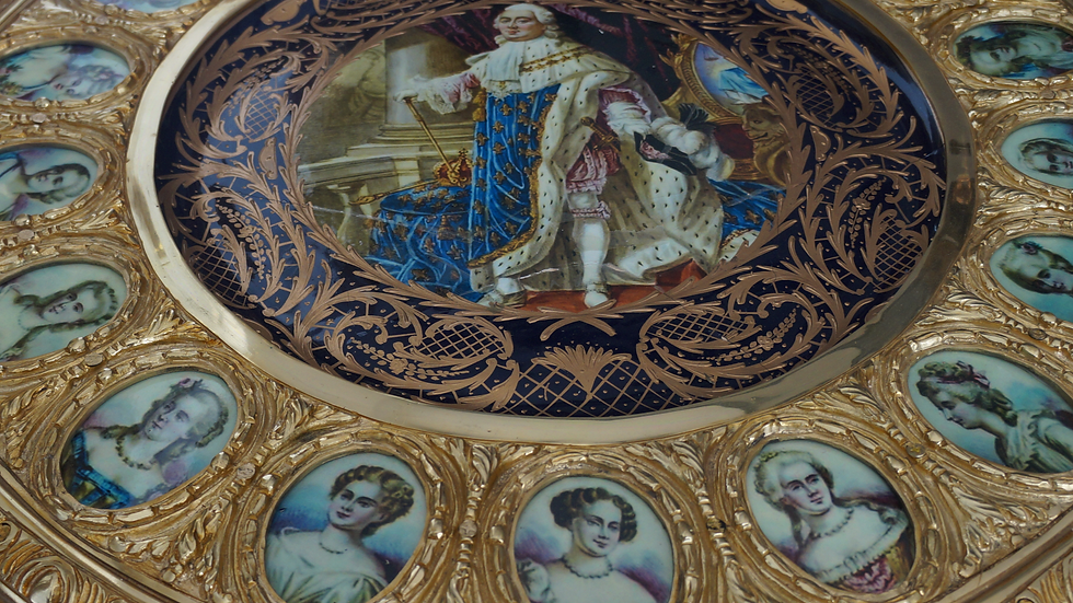 Бронзова маса стил Луи XVI