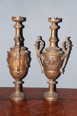 Бронзови  вази/свещници катедрал стил