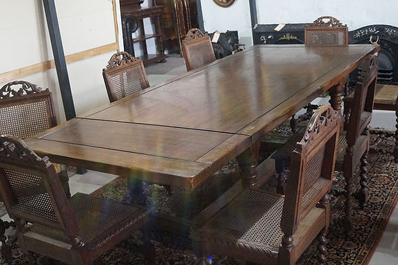 Сгъваема масивна маса с 8 стола