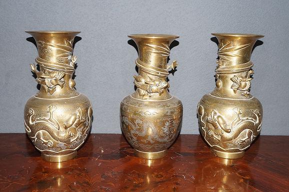 Китайски бронзови вази