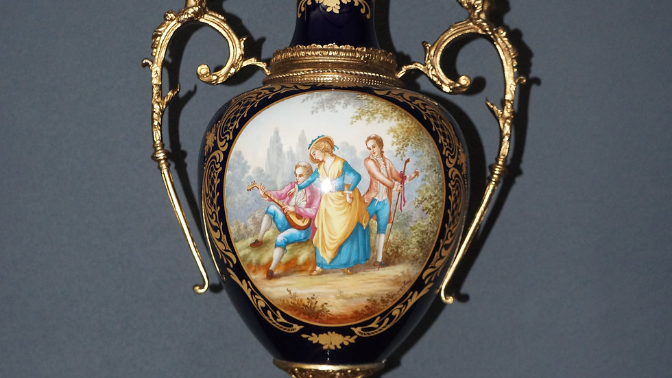 French 19th Century Vert Patricia Marble and Ormolu Lidded Urns