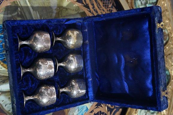 Комплект посребрени чаши