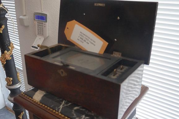 Музикална кутия 1870 година