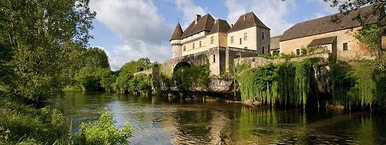 Chateau Losse.jpg