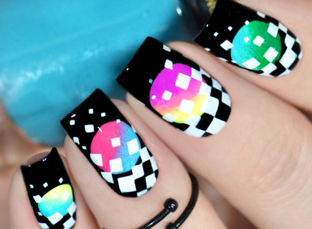 Geometric Illusion Nail Art