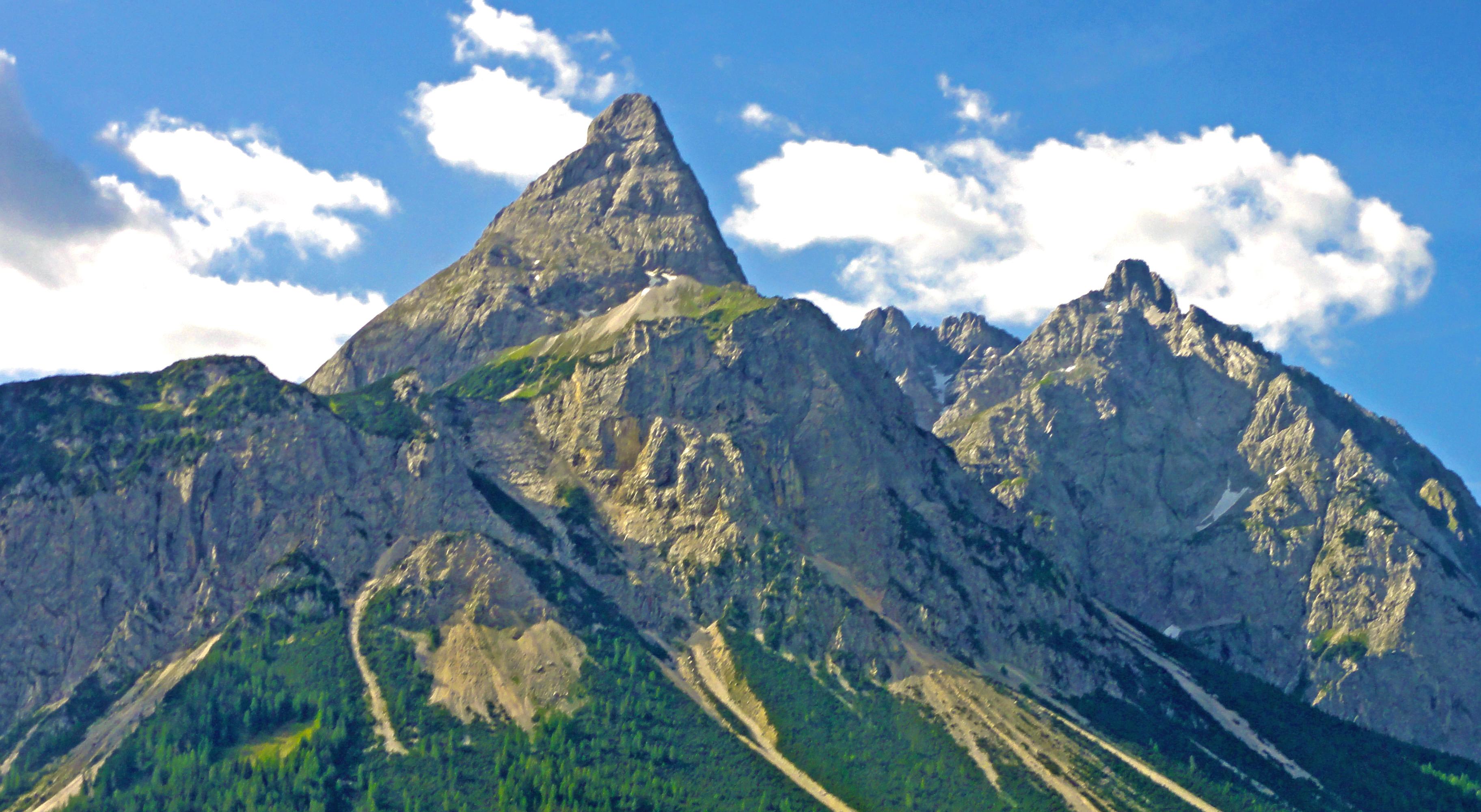 Austria1Crop.jpg