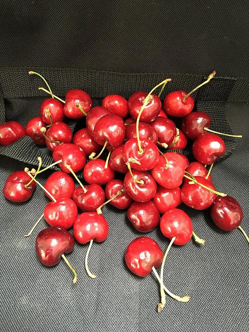 1 pound of Cherries