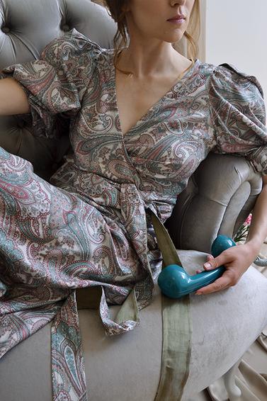 Pattern wrap dress
