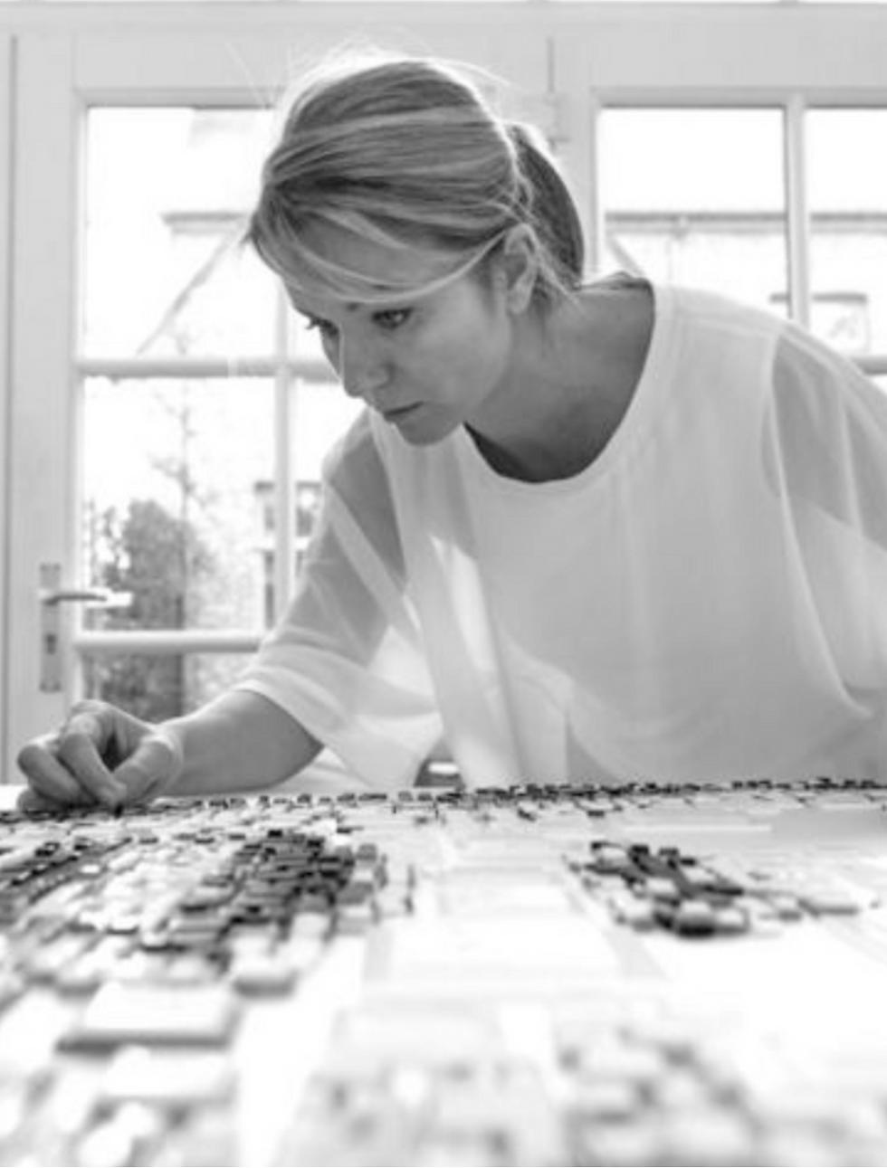 Isabelle Scheltjens   Art Concepts London