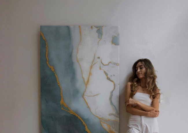 A modern minimalist artist who lives in Los Angeles, CA